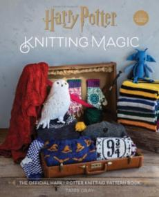 Knitting magic : the official Harry Potter knitting pattern book